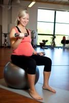 Jak ćwiczyć na siłowni w ciąży?