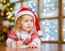 Dziewczynka napisała list do św. Mikołaja w 16 językach