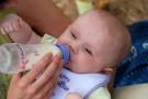 Co robić, gdy dziecko nie chce butelki?